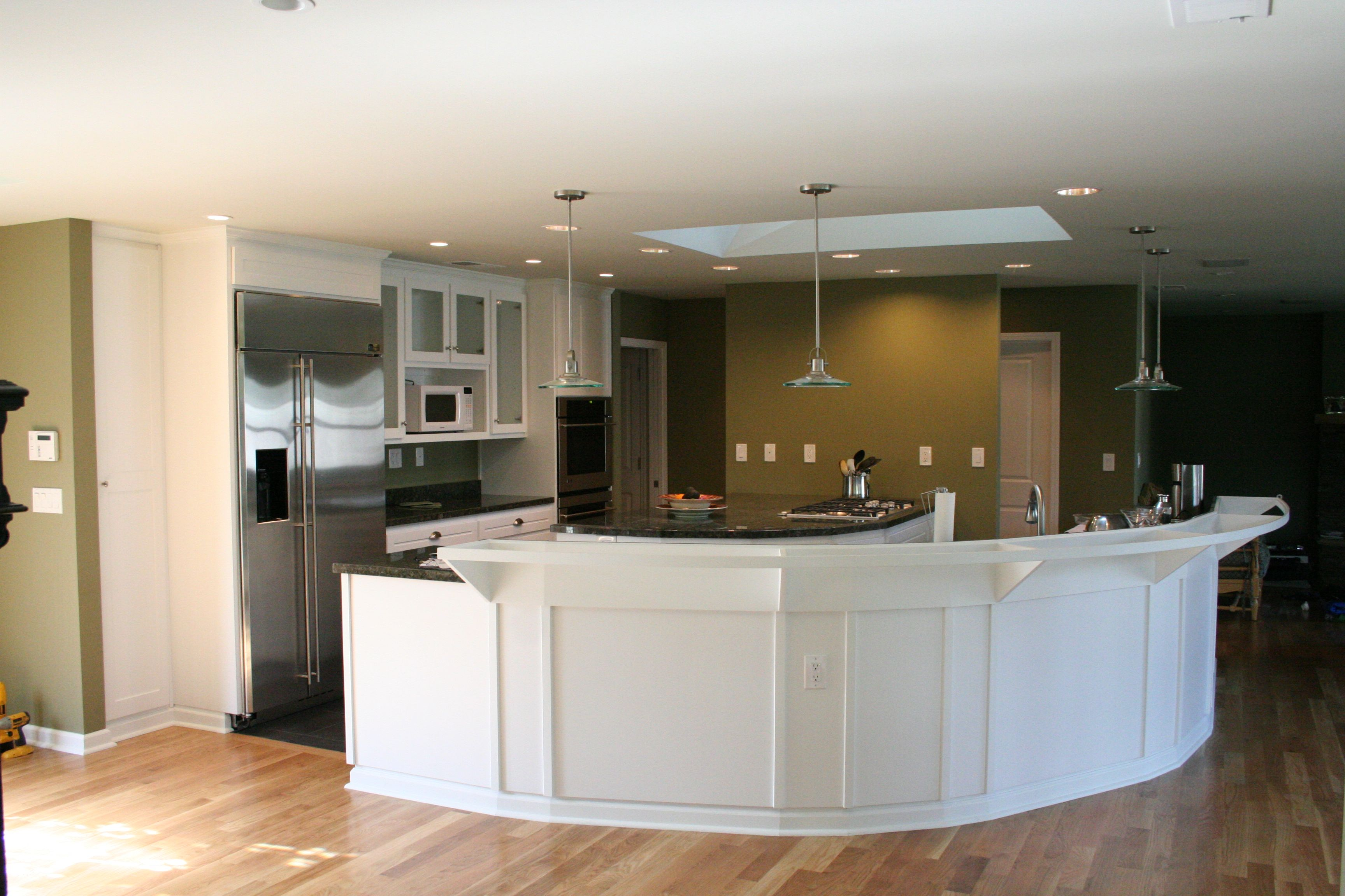 Custom Kitchen, Maple, Shaker, White