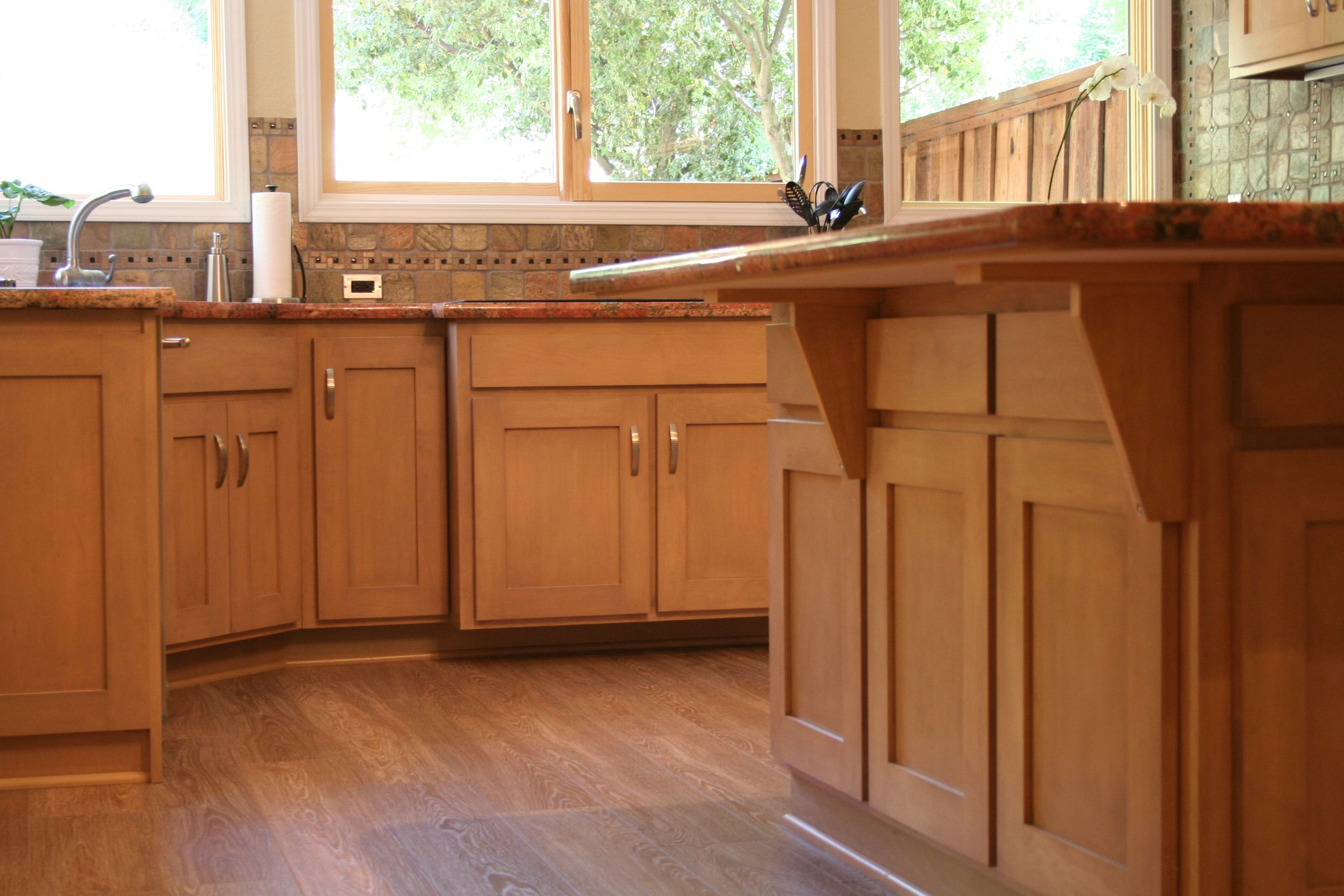 Custom Kitchen, Maple, Shaker, Grey